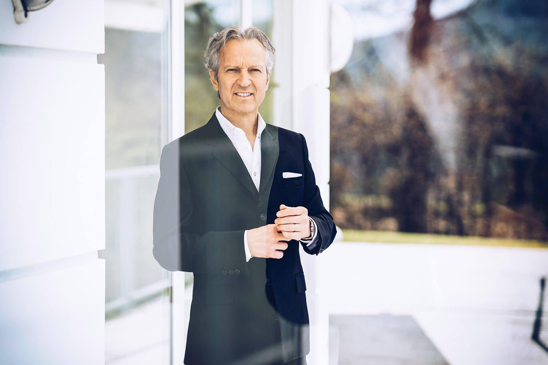 Christian Herzog-Johnston (Geschäftsführender Gesellschafter)